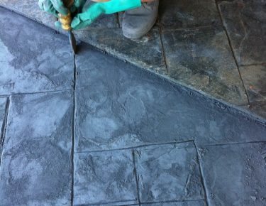 professional in Houston stamping concrete